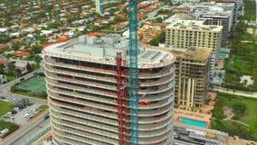 Condominio moderno bajo construcción Miami FL almacen de video