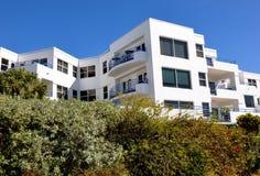 Condominios blancos Foto de archivo libre de regalías