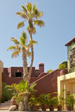 Condominios tropicales Imágenes de archivo libres de regalías