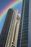 Condominium ayant beaucoup d'étages de plage du sud Photographie stock libre de droits