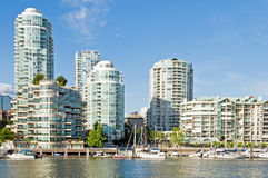 Condominiums at marina Royalty Free Stock Photos