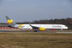 Condor Boeing 757 d'†d'aéroport international de Francfort le «décolle Photos stock