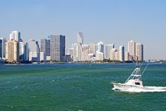 Condos and Sport Fishingboat on Biscayne Bay Royalty Free Stock Images
