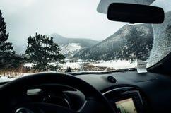 Condução através de Rocky Mountain National Park Fotografia de Stock