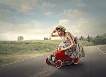 Condução da mulher fotografia de stock