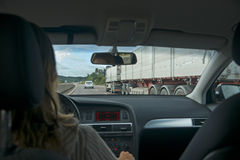 Condução das mulheres Foto de Stock