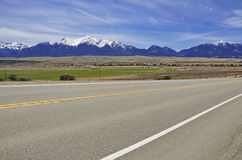Condução nas montanhas Foto de Stock