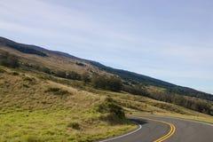 Conducción abajo del cráter de Haleakala imagenes de archivo