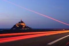 Conducción al Saint Michel de Mont fotos de archivo