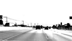 Conducción blanco y negro del lapso de tiempo del alto contraste metrajes