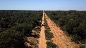 Conducción de automóviles de Kasane a Okavango, Botswana almacen de video