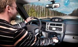 Conducción de un coche fotografía de archivo