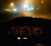 Conducción del coche en la noche Imágenes de archivo libres de regalías