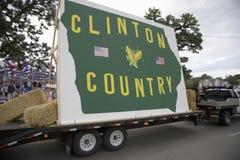 Conducción del flotador del país de Clinton Imágenes de archivo libres de regalías