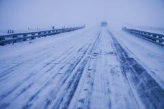 Conducción del invierno Foto de archivo libre de regalías