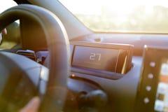 Conducción en el sol del verano Imagen de archivo libre de regalías