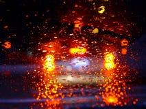 Conducción en la lluvia Fotos de archivo libres de regalías