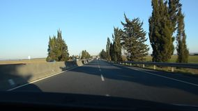 Conducción en una autopista sin peaje almacen de video
