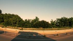 Conduciendo el canal la ciudad suburbana 2 almacen de metraje de vídeo
