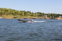 Conducteur de bateau de longue queue Image stock