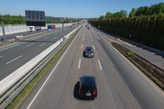 conducteur de Faux-manière sur une route images libres de droits