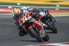 Conducteur SIMONE CORSI ACCÉLÉREZ l'équipe Moto2 Énergie Grand prix de monstre de la Catalogne image libre de droits