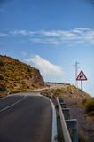 Conducteurs d'avertissement de panneau routier Photographie stock libre de droits