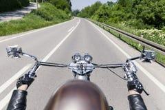 Conductor de motocicleta Fotos de archivo libres de regalías