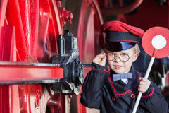Conductor de tren sonriente Boy foto de archivo