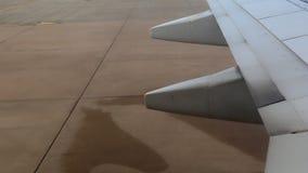 Conduire l'avion au sol banque de vidéos