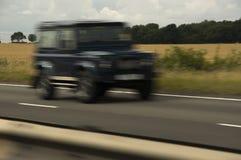 Conduire la jeep Photo libre de droits