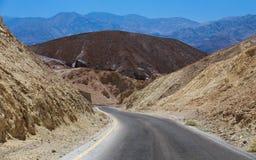 Conduisez dans Death Valley photographie stock libre de droits