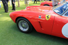 Conduit italien rouge classique de frein avant de voiture de course Photo stock