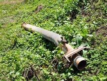 Conduite d'eau en acier rouillée Images libres de droits