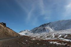Conduite dans la région de talas dans Kyrhyzstan image libre de droits