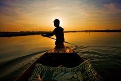 Conduite de bateau de coucher du soleil Image stock