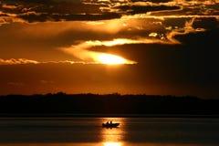 Conduite de bateau de matin Images stock