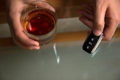 Conduite en état d'ivresse - la cause de l'accident de voiture Image libre de droits
