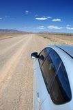 Condução de carro na estrada remota Foto de Stock Royalty Free