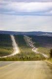Conduttura dell'Alaska e Dalton Highway Fotografia Stock Libera da Diritti