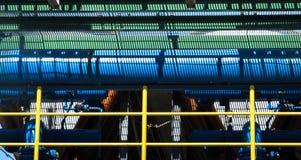 Condutture e scala d'acciaio in una pianta Immagine Stock Libera da Diritti