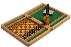 Conduza, isqueiro e xadrez no fundo branco Imagens de Stock Royalty Free