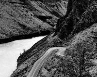 Conduzca abajo al lago Imagen de archivo libre de regalías
