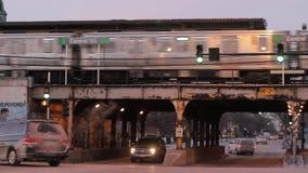 Conduzca con westside del ` s de Chicago cerca de Garfield Park metrajes
