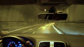 Conduzindo através do túnel, ilhas de Lofoten video estoque