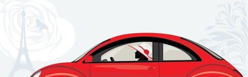 Conduzindo a mulher um carro vermelho no fundo abstrato Fotografia de Stock