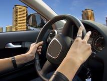 Conduzindo um carro Fotografia de Stock
