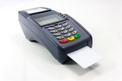 Conecte o terminal do pagamento do cartão isolado no branco Fotografia de Stock Royalty Free