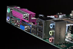 Conector del ordenador en la tarjeta electrónica Fotografía de archivo libre de regalías
