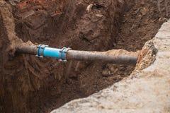 Conector subterrâneo da tubulação imagens de stock